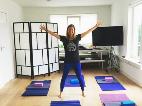 online yoga vositivity ester